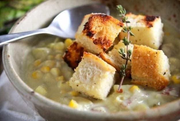 Creamy Corn & Potato Chowder