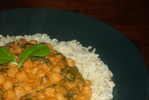 Super Fast Chickpeas and Spinach | VegWeb.com, The World's Largest Collection of Vegetarian Recipes