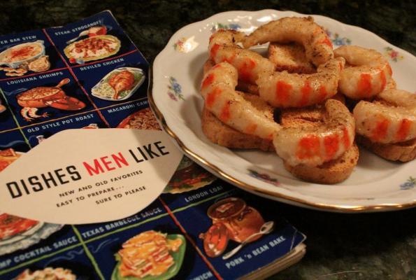 Shrimp canapes the world 39 s largest for Shrimp canape ideas