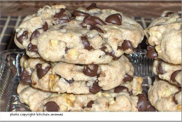 Happy Vegan Chocolate Chip Cookies Vegweb Com The World S Largest