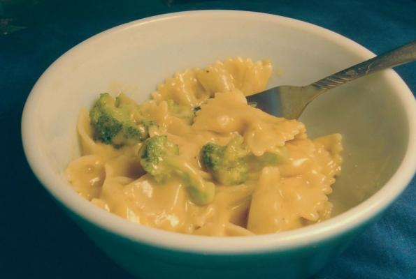 Nutritional yeast cheese dipsauce vegweb the worlds largest nutritional yeast cheese dipsauce vegweb the worlds largest collection of vegetarian recipes forumfinder Images